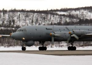 NF Pilots Practice Flights in Polar Night