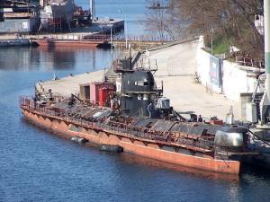Russia to Assist Ukraine in Submarine Trials