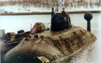 Submariners Brought Crew of Sunken Fishing Ship Ashore