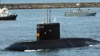 Russia to Hand Over �Black Hole� Sub to Vietnam in November